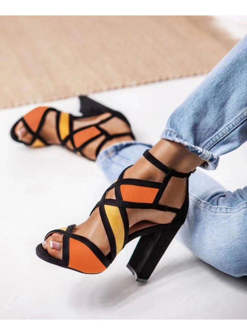 Oranžové sandále na vysokom opätku